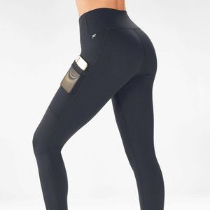 NWT Fabletics Mila High Waisted Pocket Legging 1X